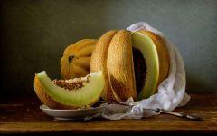 Дыня фрукт
