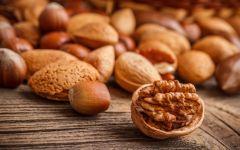 Грецкий орех, миндаль и фундук
